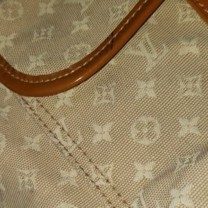 Louis Vuitton Bags - LOUIS VUITTON SAC Mary Kate pm💯 Authentic bag.